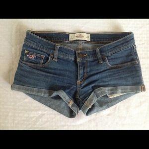 Hollister 3 Shorts
